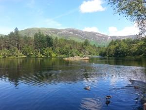 Glencoe, Lochan, lochside path walk with family_2